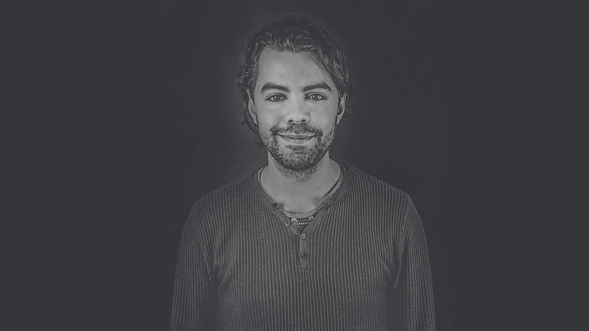 John Verhagen - Overtref Reclamebureau